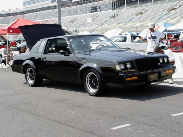 Showcase cover image for peteraq1's 1987 Buick Grand National (GNX Clone)